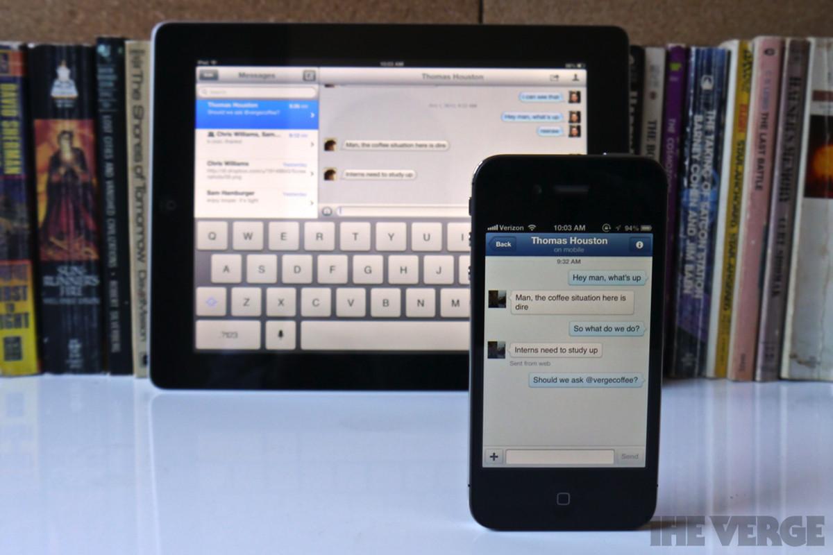 All-out messaging war between Apple and Facebook heats up
