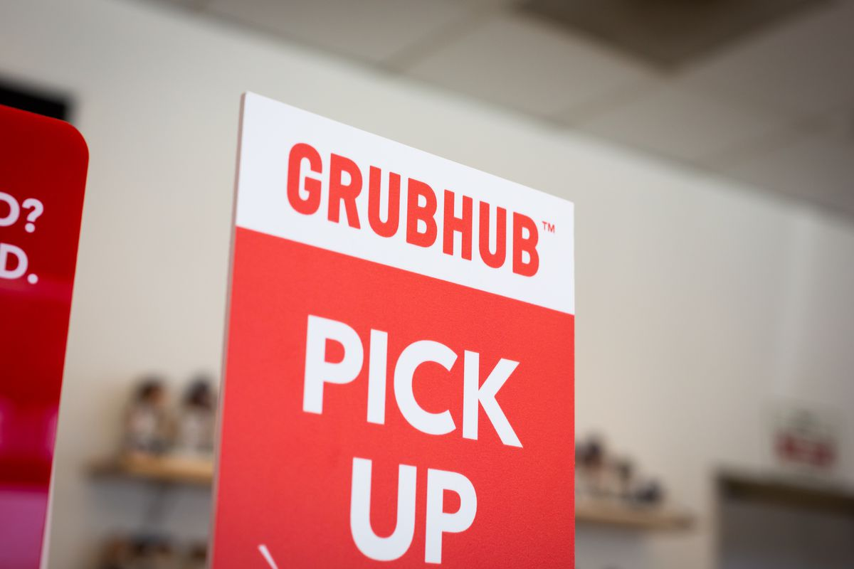 A photo of a Grubhub delivery sign.