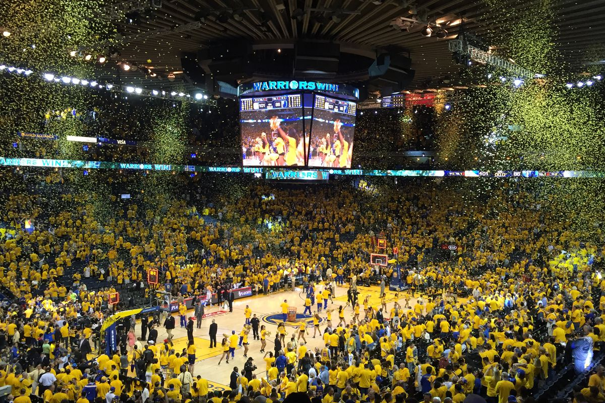 Golden state warriors win oracle arena.0