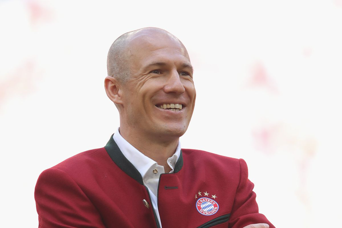 MUNICH, GERMANY - MAY 12: Arjen Robben of FC Bayern Muenchen attends the Bundesliga match between FC Bayern Muenchen and VfB Stuttgart at Allianz Arena on May 12, 2018 in Munich, Germany.