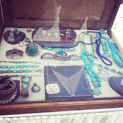 Handmade jewels by Arsha Rafiqi Atelier.