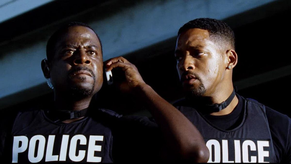 Martin Lawrence and Will Smith as Detective Marcus Burnett and Mike Lowrey in Bad Boys 2