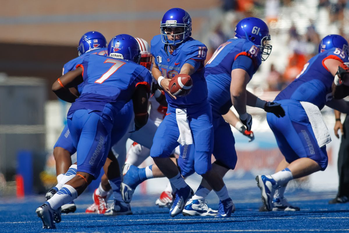 BOISE, ID - SEPTEMBER 15:  Joe Southwick #16 of the Boise State Broncos hands off the ball during the game against the Miami University RedHawks at Bronco Stadium on September 15, 2012 in Boise, Idaho.  (Photo by Otto Kitsinger III/Getty Images)