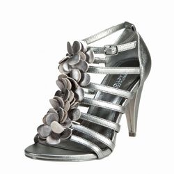 """Kenneth Cole, $79.95 at <a href=""""http://shoegasm.com/web/sandals-high-heeled/"""" rel=""""nofollow"""">Shoegasm</a>"""
