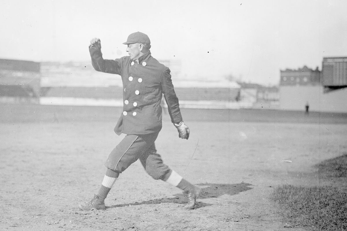 Frank Owen Pitching