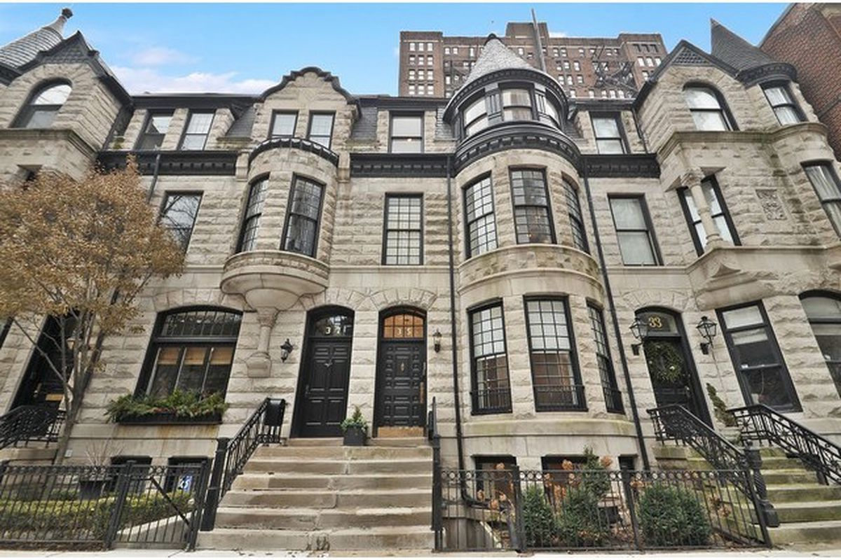 Gold coast row home built by potter palmer asks 2 5m for Mansion in chicago for sale