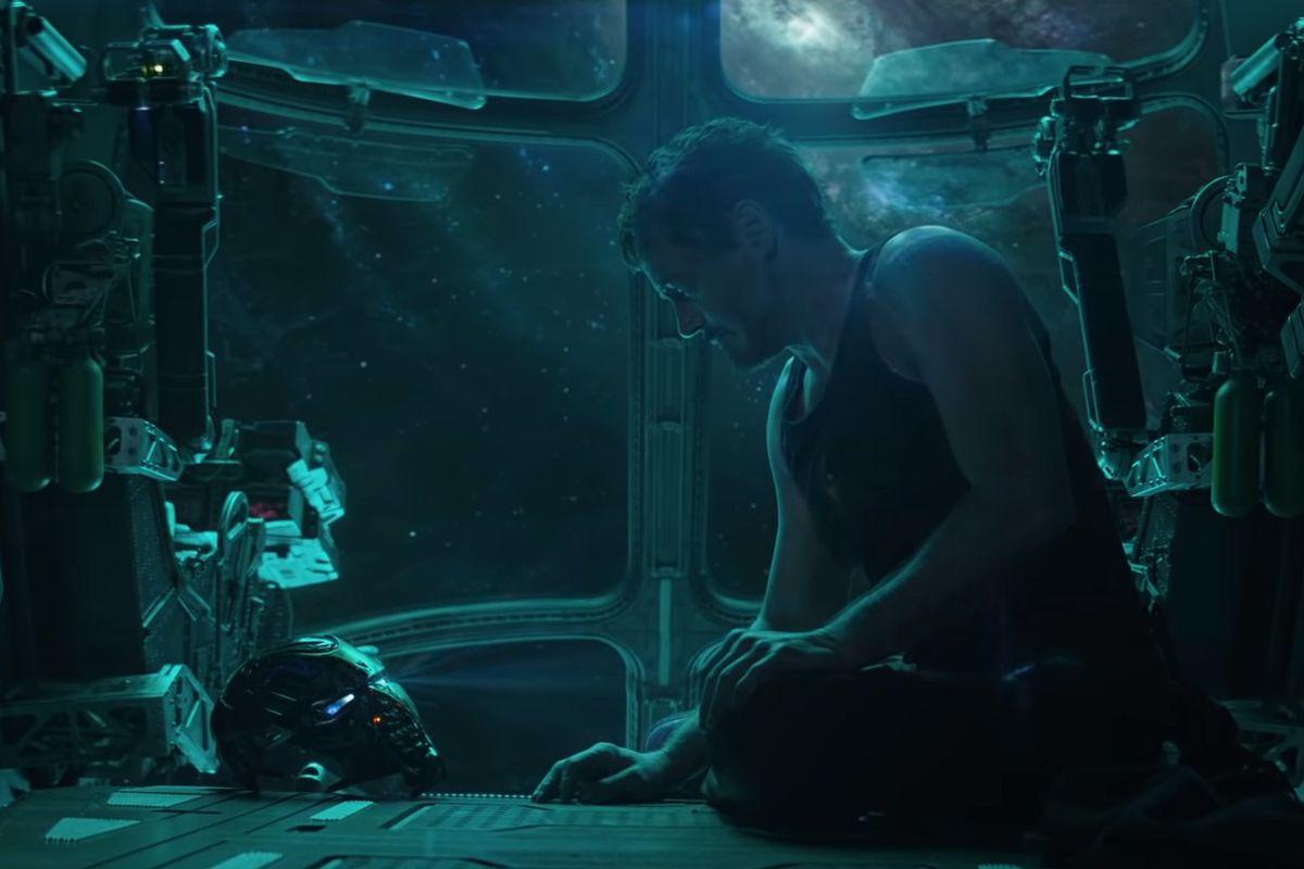 Avengers: Endgame - Tony Stark looking at a helmet