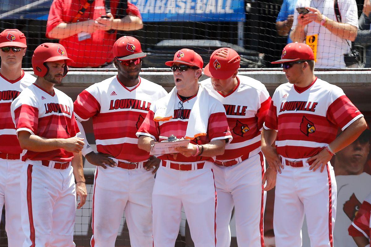 2017 NCAA Division I Men's Baseball Super Regional: Kentucky v Louisville