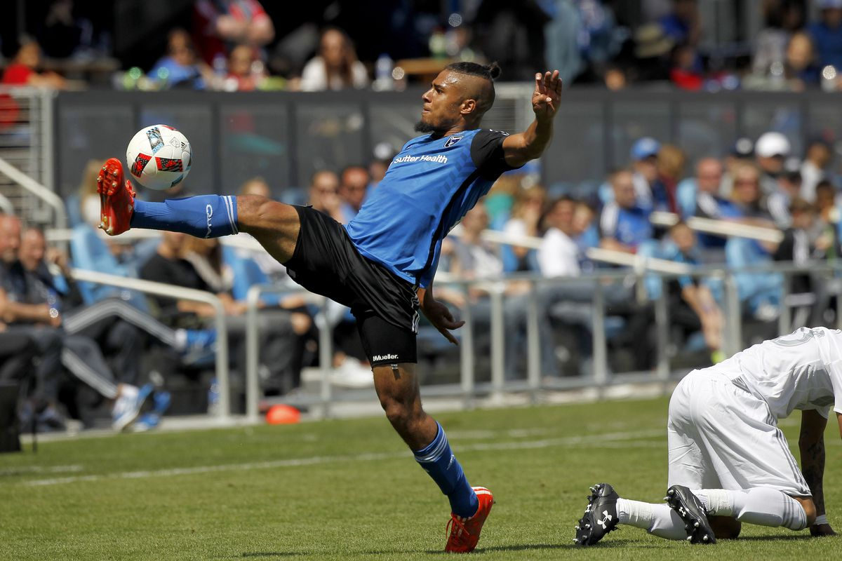 Stretch that hamstring, Quincy!