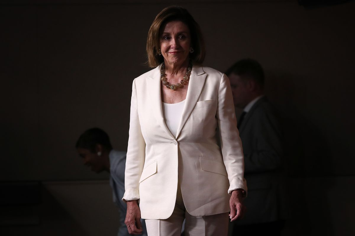 Nancy Pelosi called Trump's tweets racist  The resulting chaos