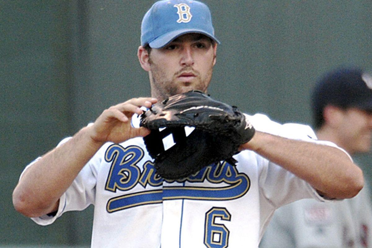"via <a href=""http://media.dailybruin.com/dailybruin/img/2009/apr/14/web.sp.baseball.PicA.jpg"">media.dailybruin.com</a>"