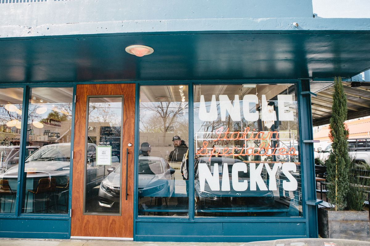 Uncle Nicky's facade