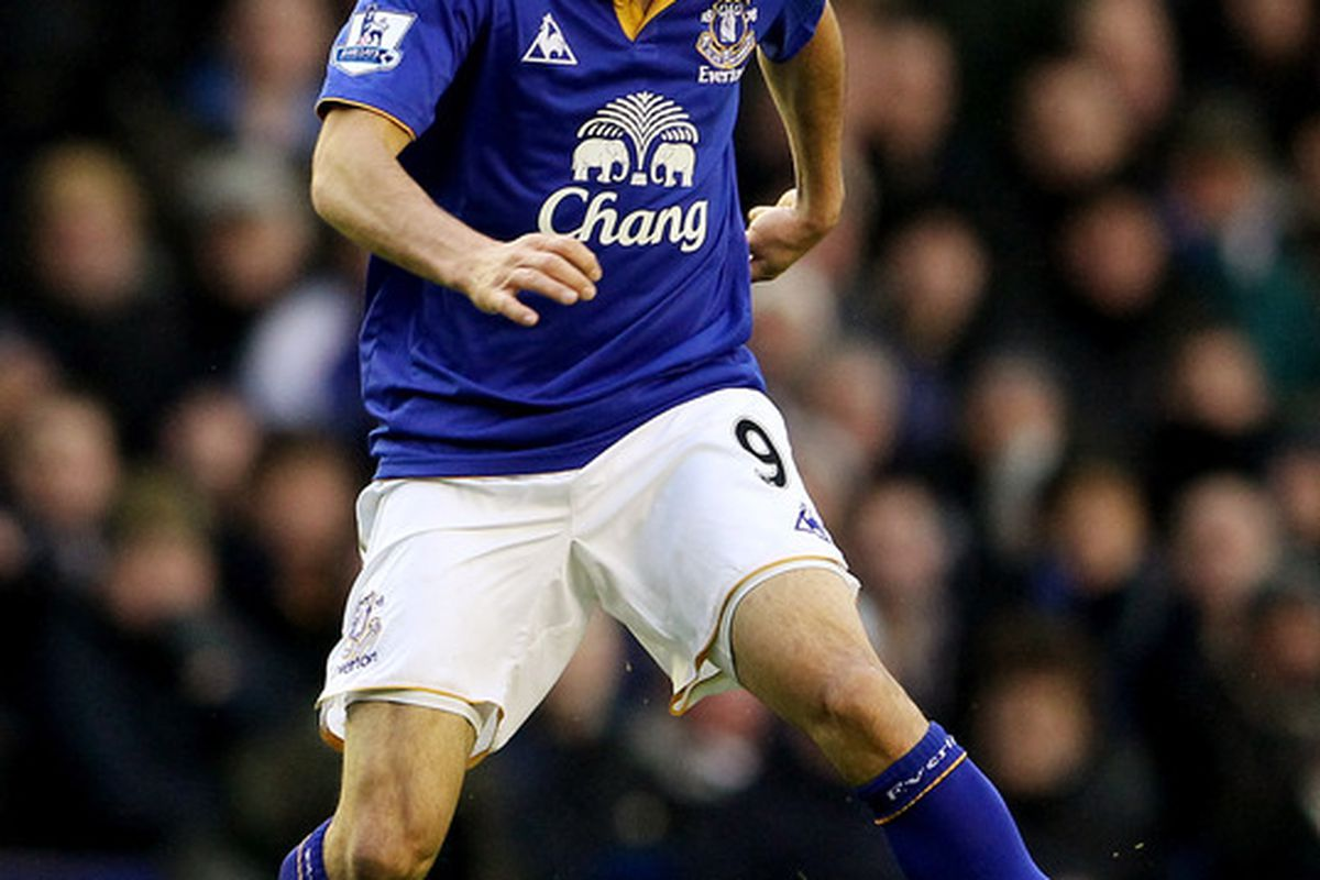 LIVERPOOL, ENGLAND - JANUARY 21:  Landon Donovan of Everton in action during the Barclays Premier League match between Everton and Blackburn Rovers at Goodison Park on January 21, 2012 in Liverpool, England.  (Photo by Scott Heavey/Getty Images)