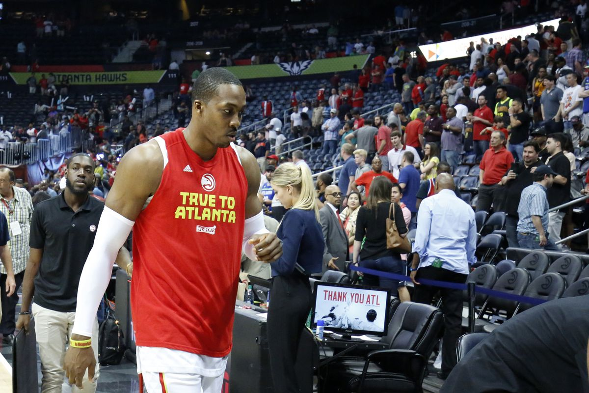 Charlotte Hornets to acquire Dwight Howard in trade with Hawks