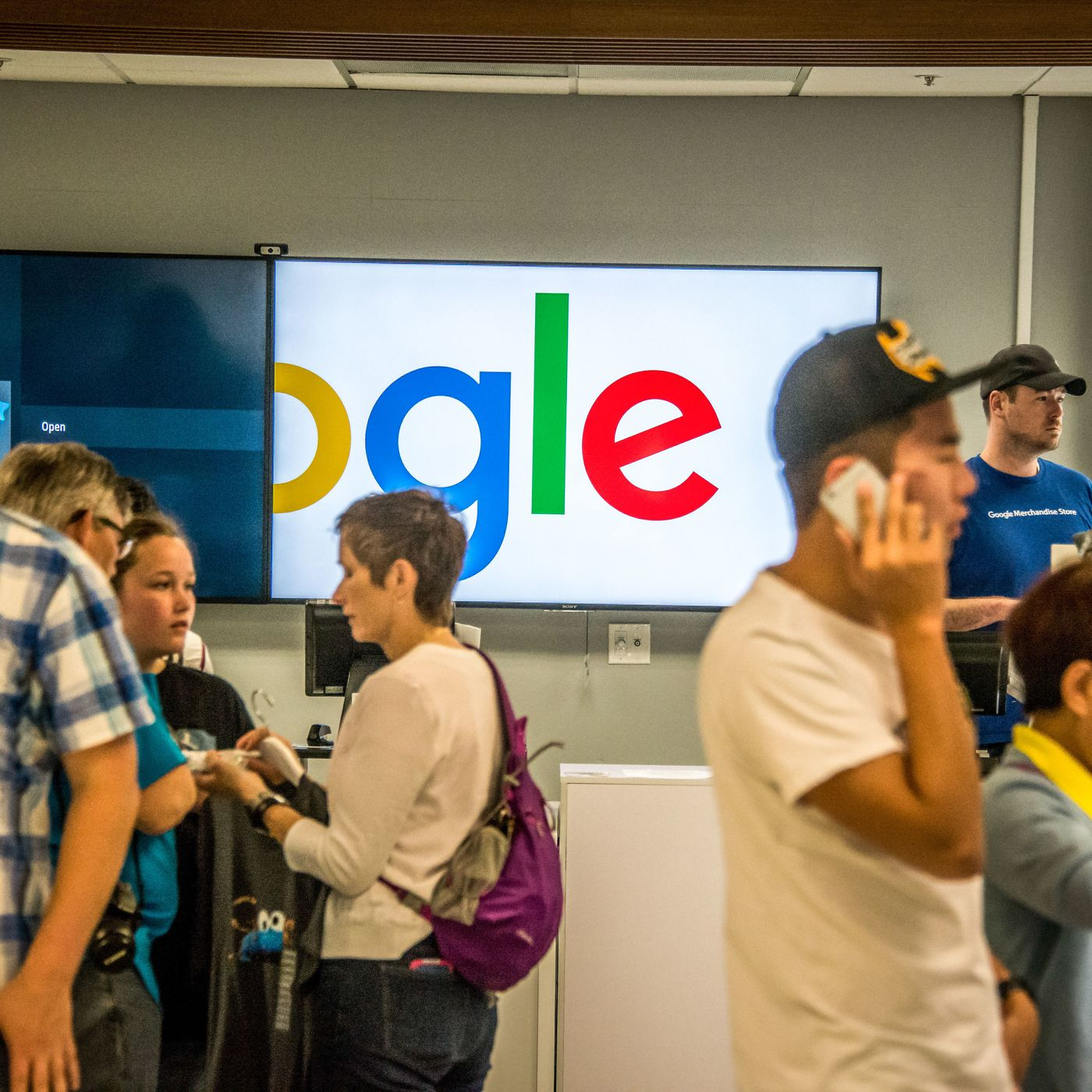The Employee Backlash Over Googles Censored Search Engine For China Explained