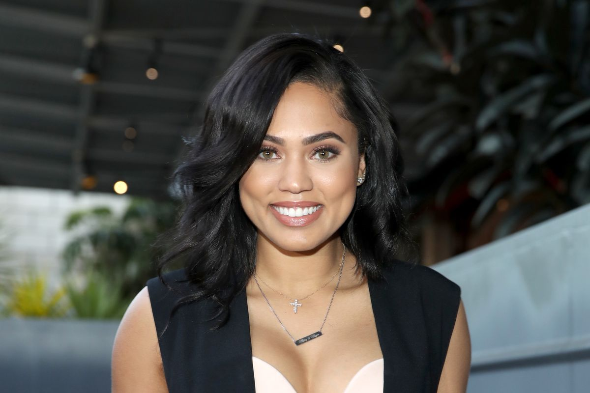 ayesha curry bio  age  parents  feet  wiki  ethnicity  net