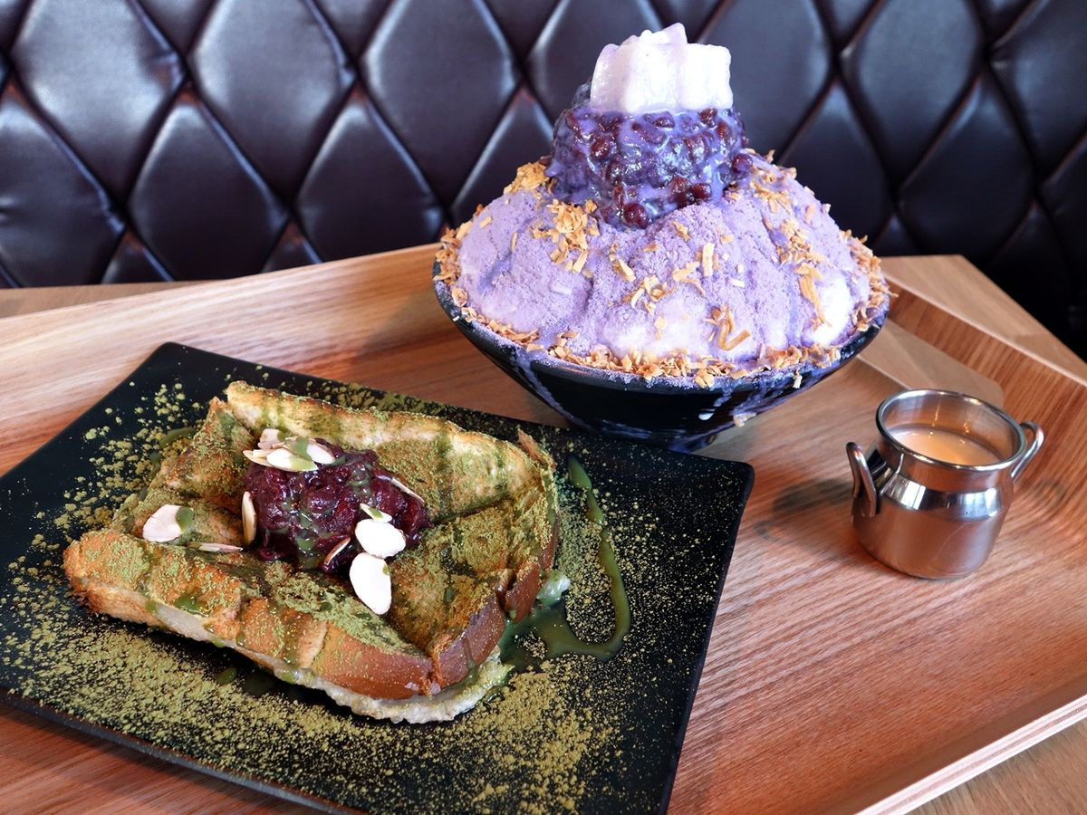 Green tea toast and taro bingsoo at Milkie Milkie.