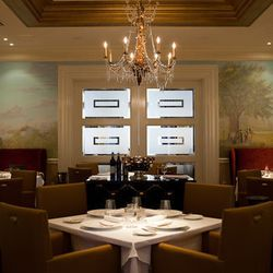 """<a href=""""http://nola.eater.com/archives/2012/05/24/inside-revolutions-exceedinly-pretty-dining-rooms.php"""">New Orleans: Inside <strong>R'evolution</strong>'s Exceedingly Pretty Dining Rooms</a> [Nikki Mayeux]"""