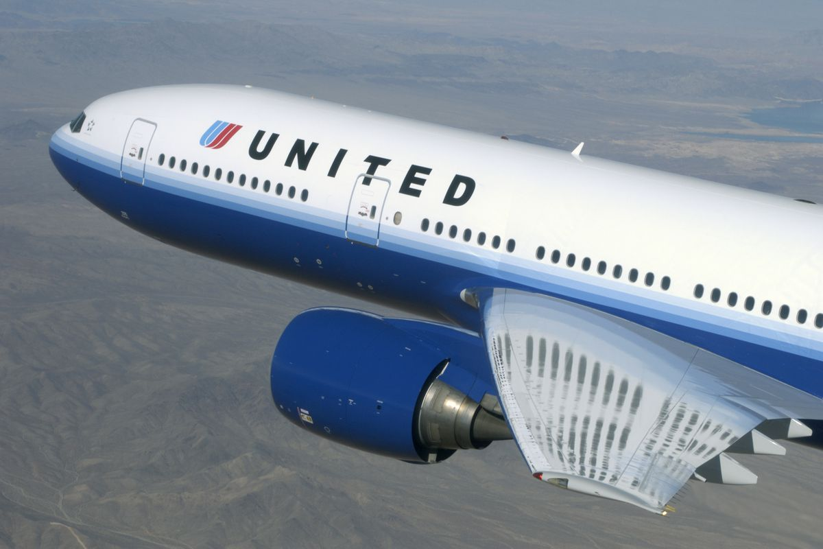 United Airlines and Alaska Airlines said this week that they will require passengers to fill out a preflight health checklist during check-in.