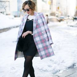 """Chriselle of <a href=""""http://thechrisellefactor.com""""target=""""_blank"""">The Chriselle Factor</a> is wearing a <a href=""""http://www.forwardforward.com/fw/DisplayProduct.jsp?code=VENT-WD24&d=Womens&AID=10773567&PID=4441350&utm_medium=affiliate&utm_source=cj&utm_"""