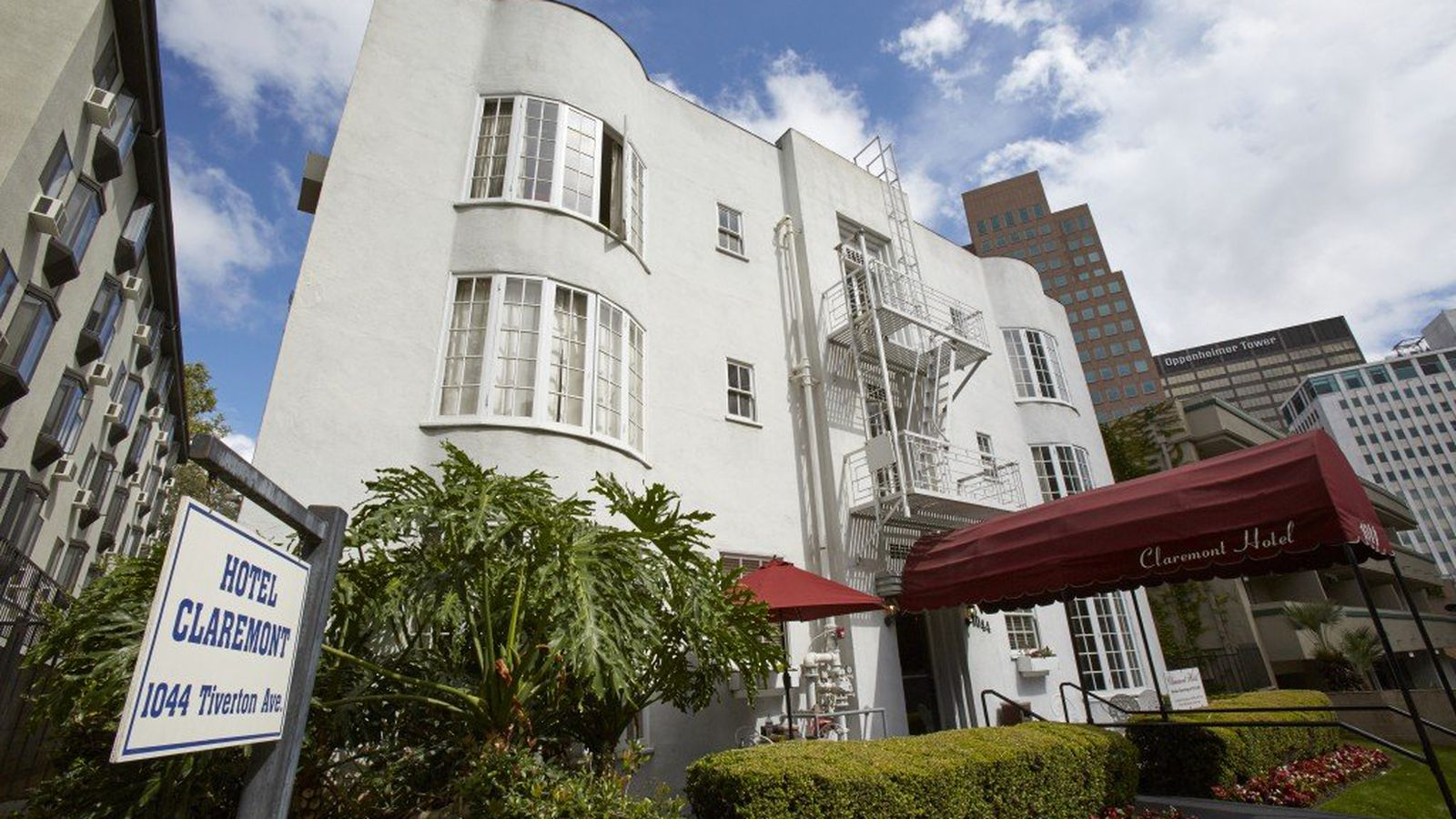 Westwood U0026 39 S First And Oldest Hotel Sells For 12 25M