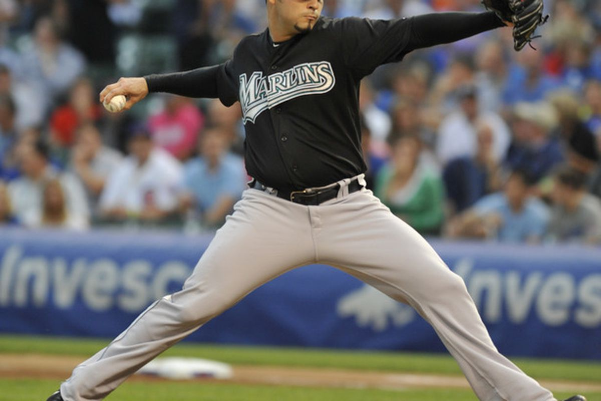 CHICAGO, IL - JULY 14: Anibal Sanchez #19 of the Florida Marlins  pitches against the Chicago Cubs on July 14, 2011 at Wrigley Field in Chicago, Illinois.  (Photo by David Banks/Getty Images)