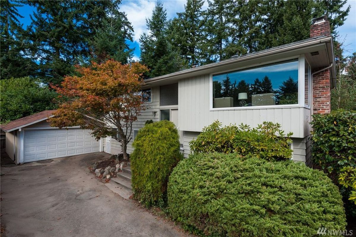 5 of the least expensive houses in haller lake curbed for Least expensive house