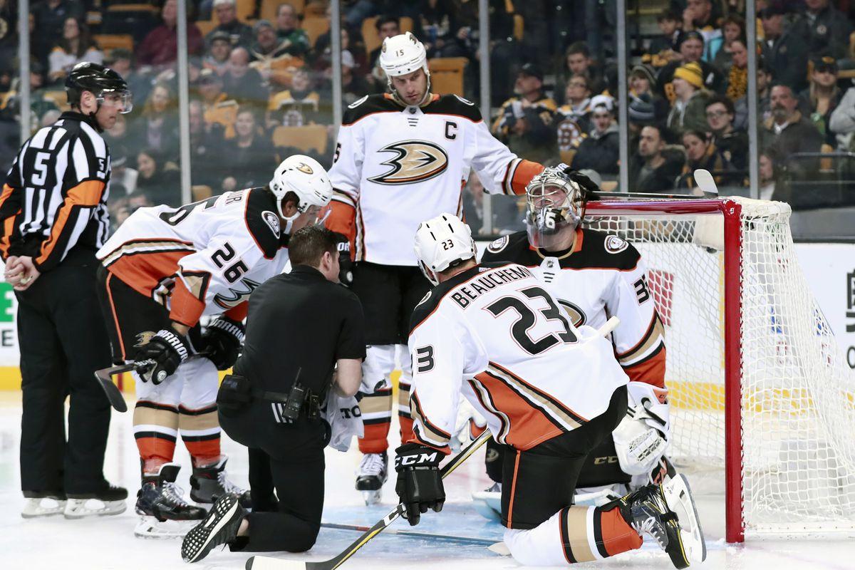 NHL: JAN 30 Ducks at Bruins