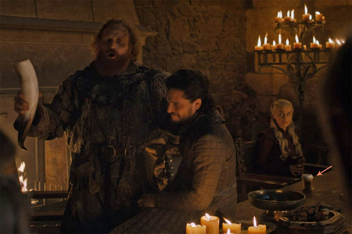 Is that a Starbucks cup in Game of Thrones? - The Verge