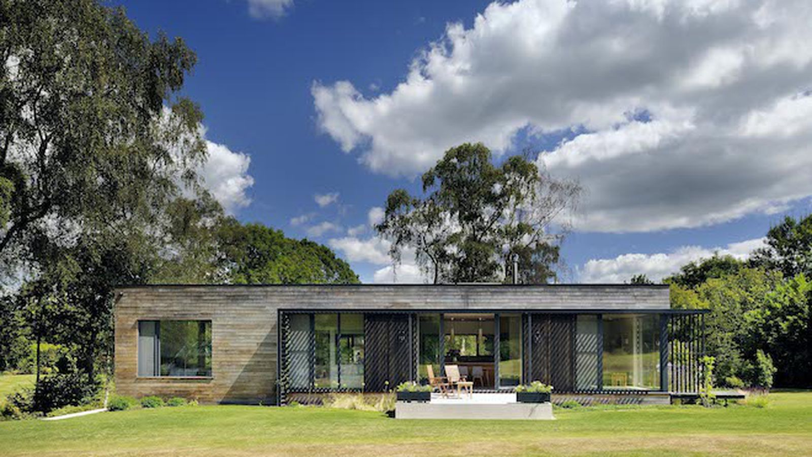solar powered prefab home offers airy eco friendly retreat curbed. Black Bedroom Furniture Sets. Home Design Ideas