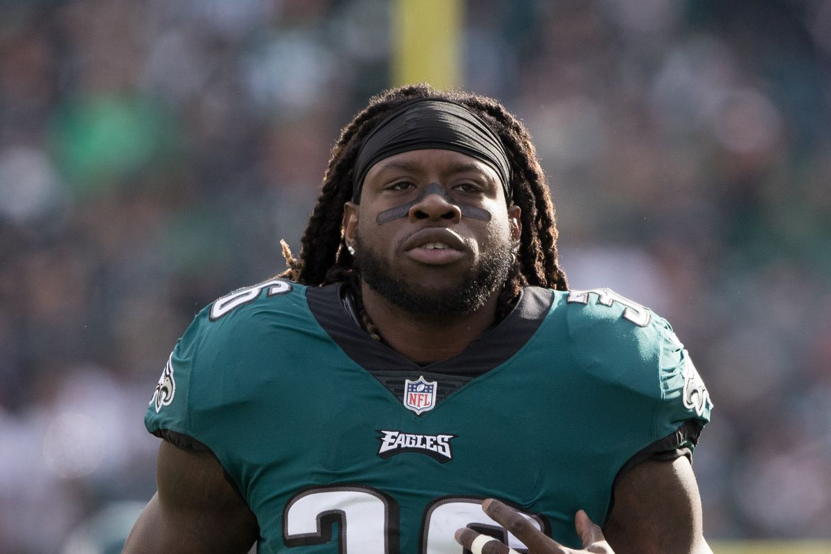 Jay Ajayi Calls Philly Media Ldquo Clowns Rdquo After They Rip Him