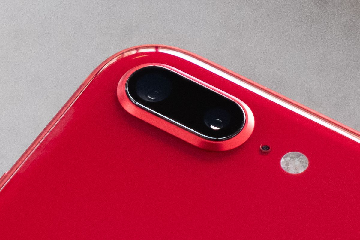 Product Red iPhone 8