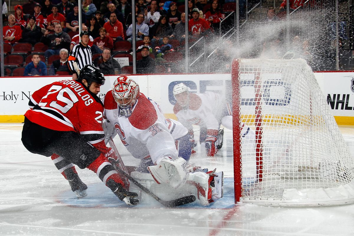 Carey Price with a strong save, one of 32 made tonight.