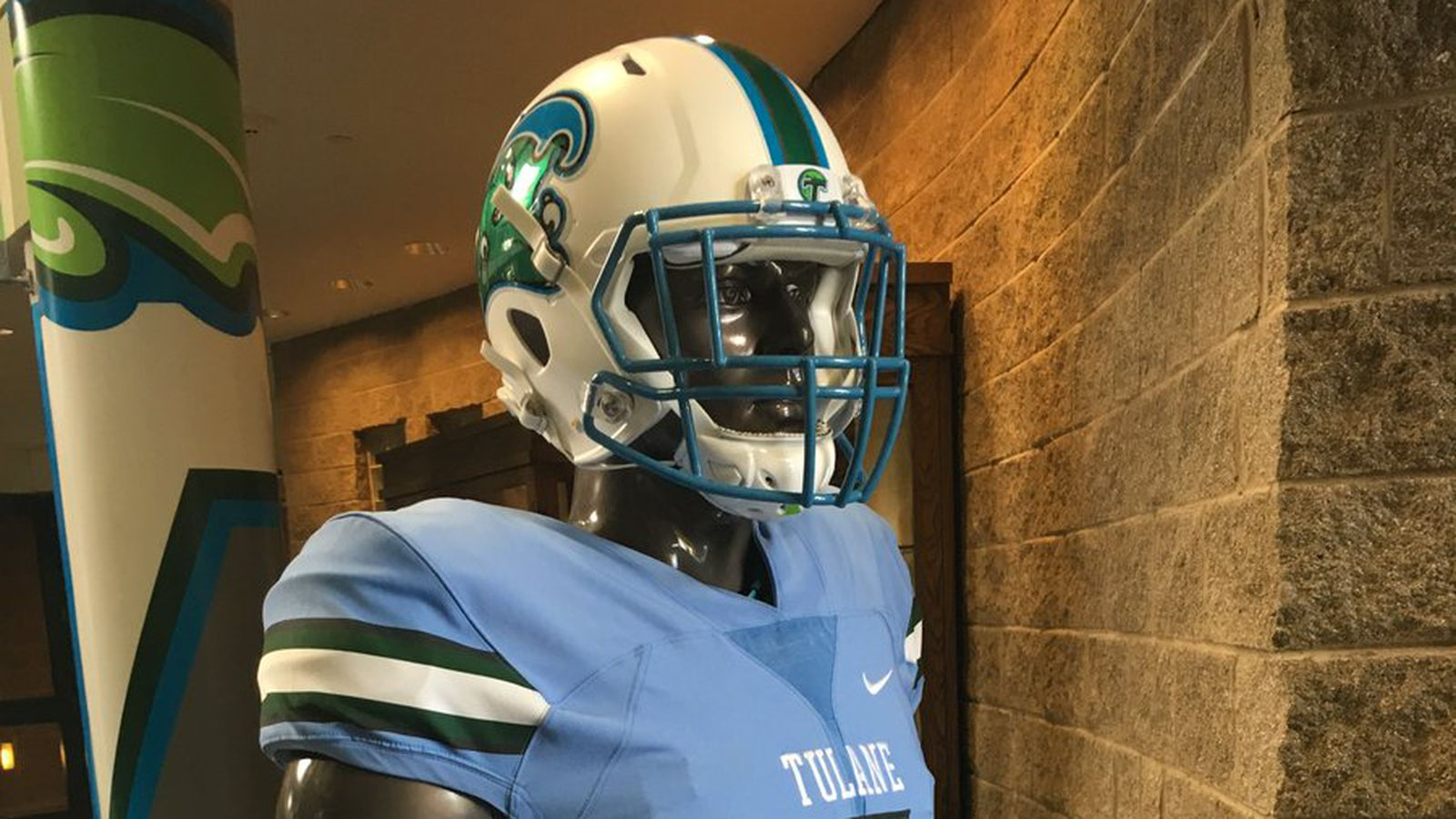 tulane u0026 39 s set to debut these gorgeous sky-blue uniforms