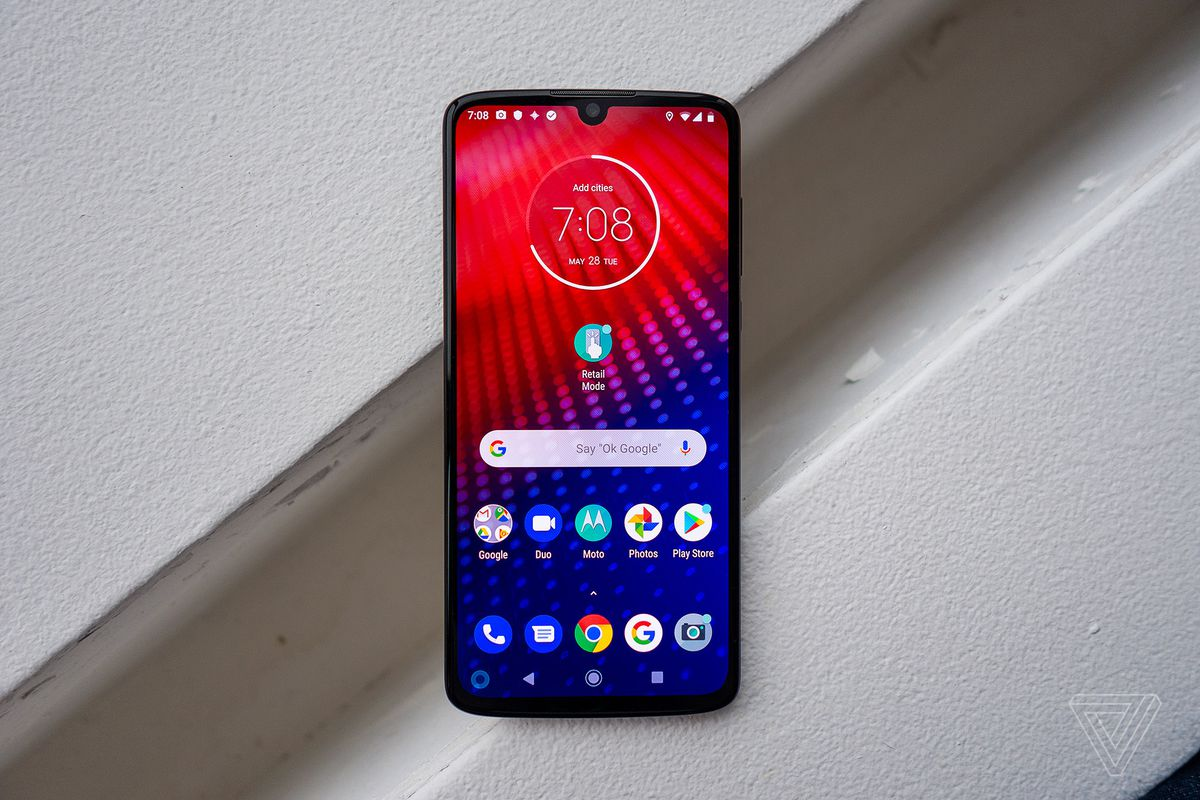 Motorola's Moto Z4 is keeping the Moto Mod dream alive - The