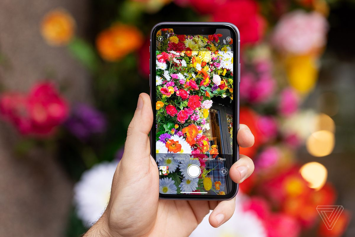 apple iphone 11 review the phone most people should buy. Black Bedroom Furniture Sets. Home Design Ideas