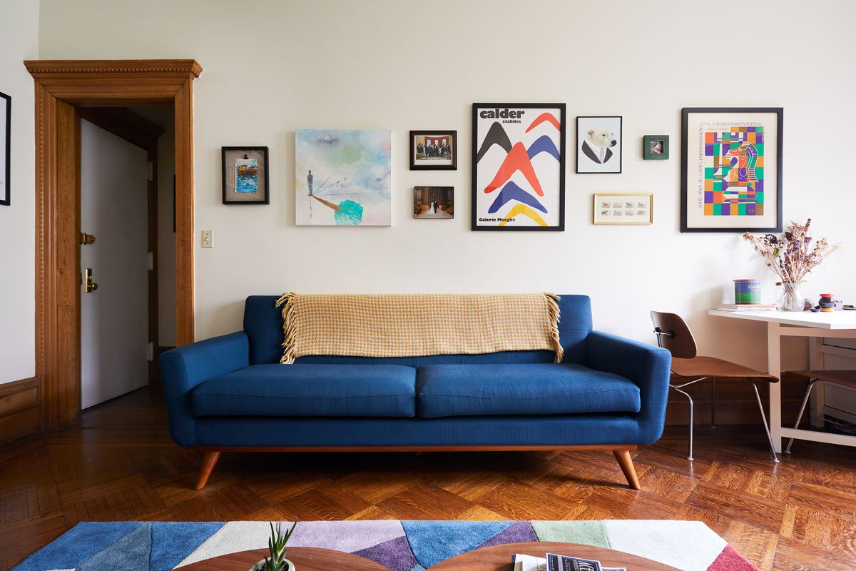 "Blue Living Room Ideas For A More Breathtaking Living Room: ""For Me, Marriage Is A Lifetime. That Old Sofa I Liked Isn"