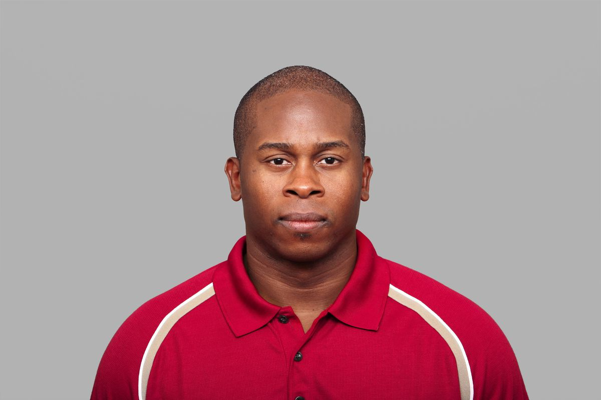 Cincinnati Bengals defensive backs coach Vance Joseph, here with the San Francisco 49ers in 2008, is expected to be named the Dolphins new defensive coordinator.