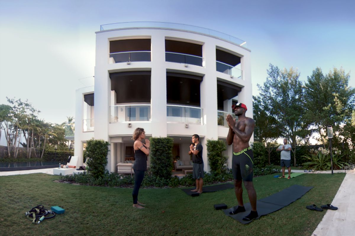 LeBron James Just Released His First Virtual Reality Film With Oculus
