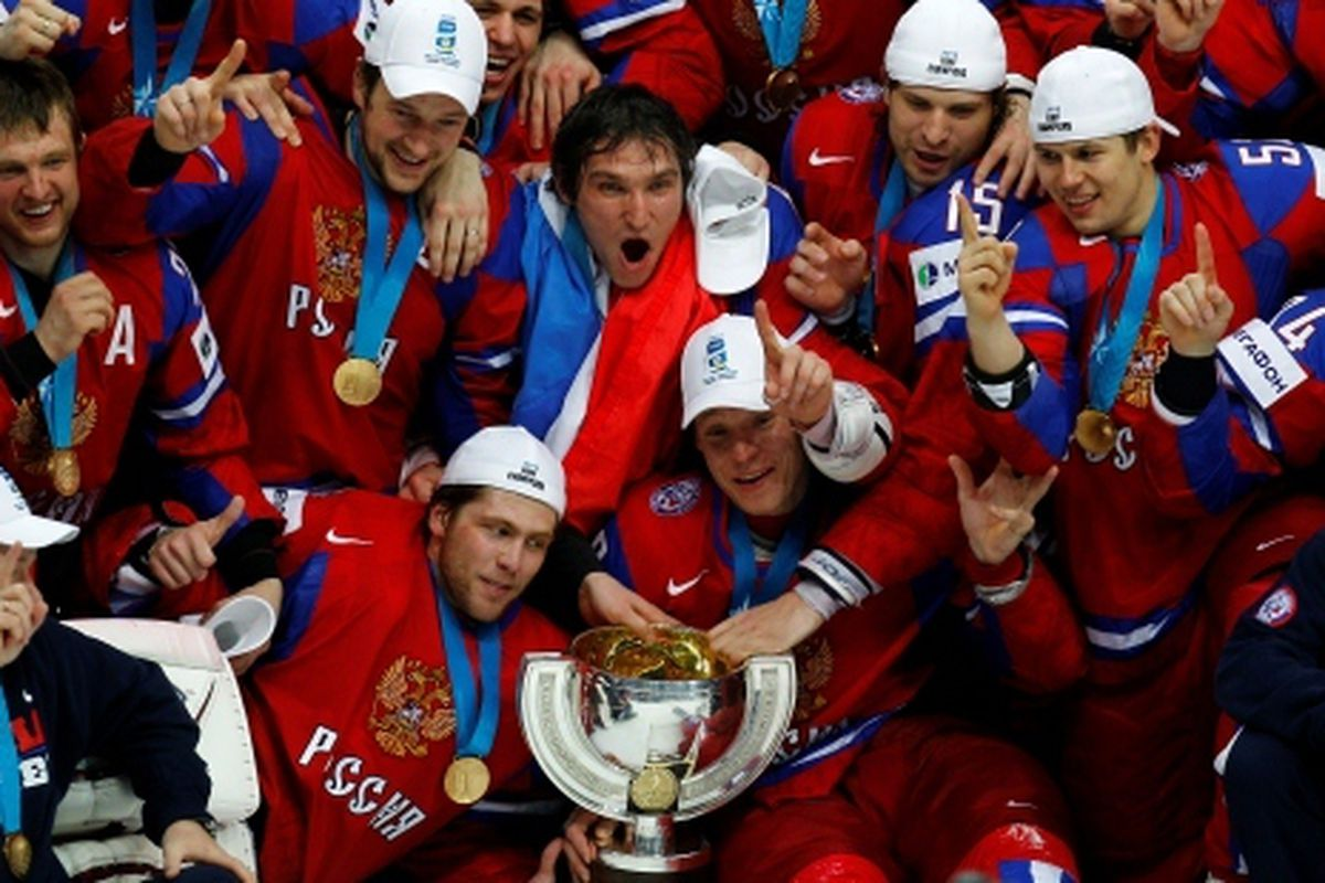 """Photo courtesy Russian Ice Hockey Federation.  <a href=""""http://fhr.ru/content/photo/345.html"""" target=""""new"""">More pix here.</a>"""