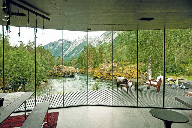 Still from 'Ex Machina' showing a house overlooking a mountain view
