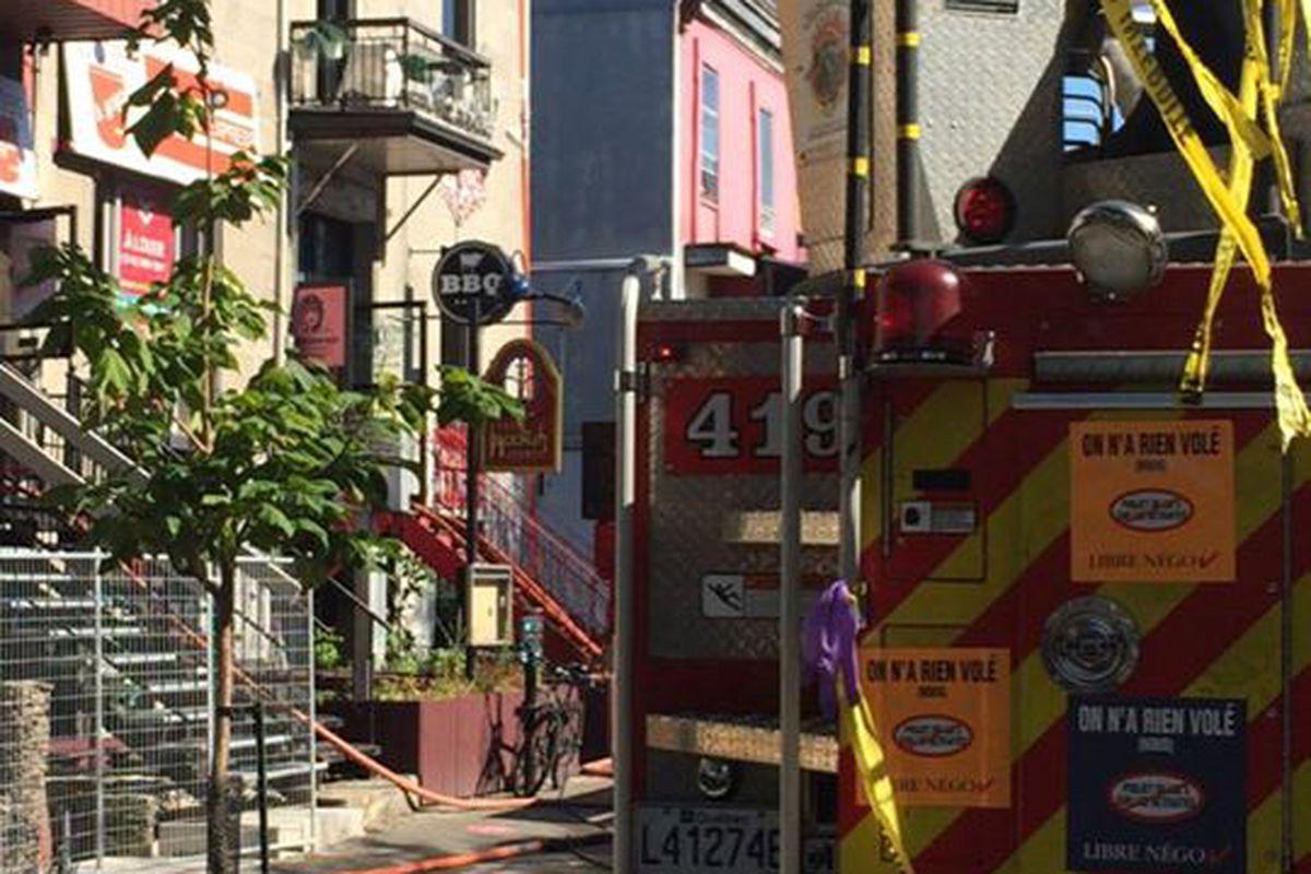 Fire truck outside Diablos BBQ