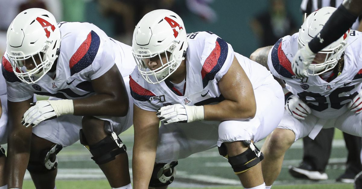 Offensive lineman Edgar Burrola returning to Arizona in 2021 after being suspended in 2020