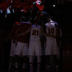 The team comes together before the game
