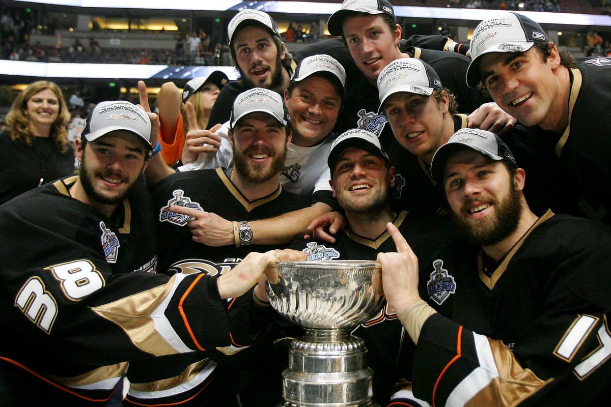 ANAHEIM, CA - JUNE 06: Members of the Anaheim Ducks pose with the Stanley Cup after their 6-2 victory over the Ottawa Senators in Game 5 of the Stanley Cup Final June 6, 2007 at Honda Center in Anaheim, California.