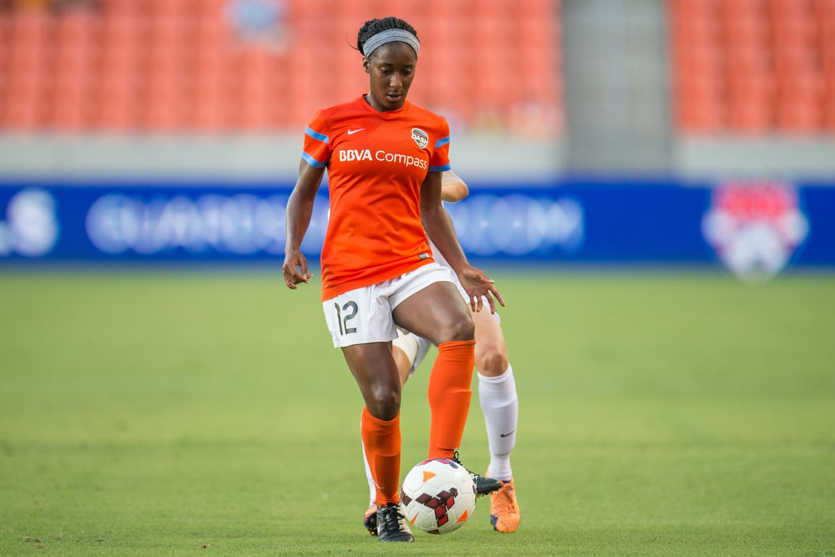 Houston Dash announced Wednesday they have resigned forward Tiffany McCarty, above, for the 2015 NWSL season.