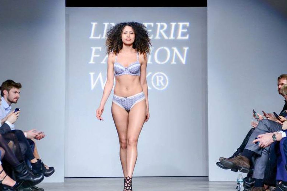 "Last year's closing show. Photo: <a href=""https://www.facebook.com/media/set/?set=a.786230961405586.1073741844.272890169406337&amp;type=3"">Lingerie Fashion Week</a>/Facebook"