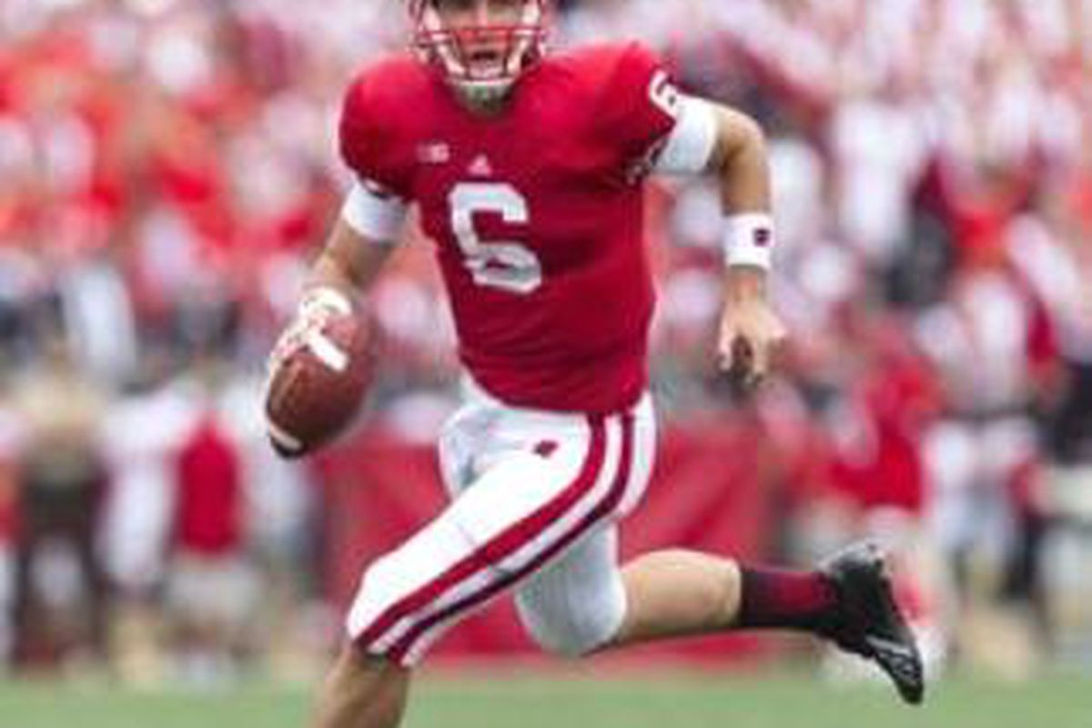 Danny OBrien completed 83% of his throws in his first game at quarterback for Wisconsin. If he can repeat that kind of performance, the Badgers are going to be tough to beat Saturday at Reser Stadium. <em>(Photo by Jeff Hanisch, US Presswire)</em>