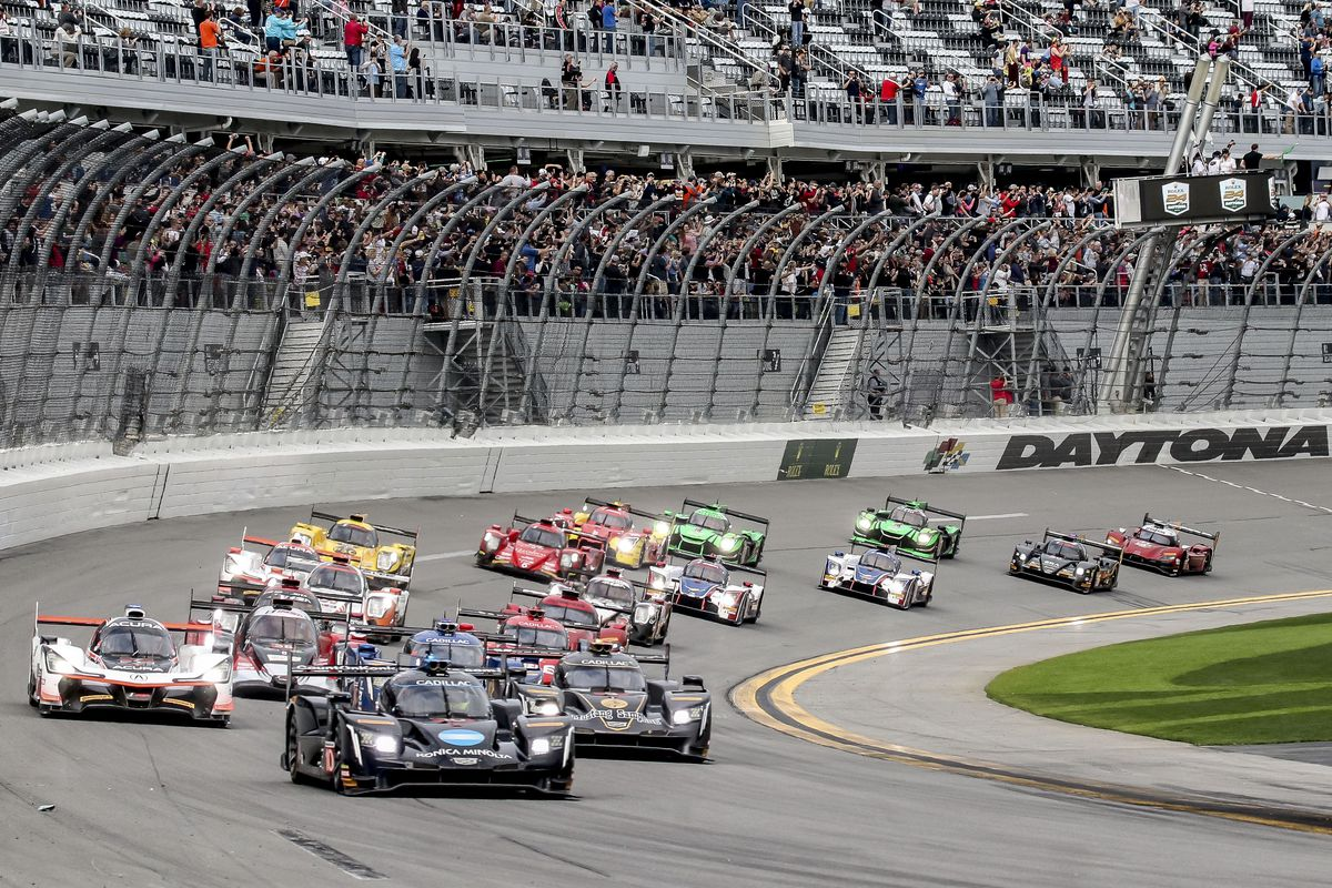 10 Cadillac Leads The Field At Start Of Rolex 24 Daytona International Sdway On Jan 27 2018 Photo By Brian Cleary Getty Images