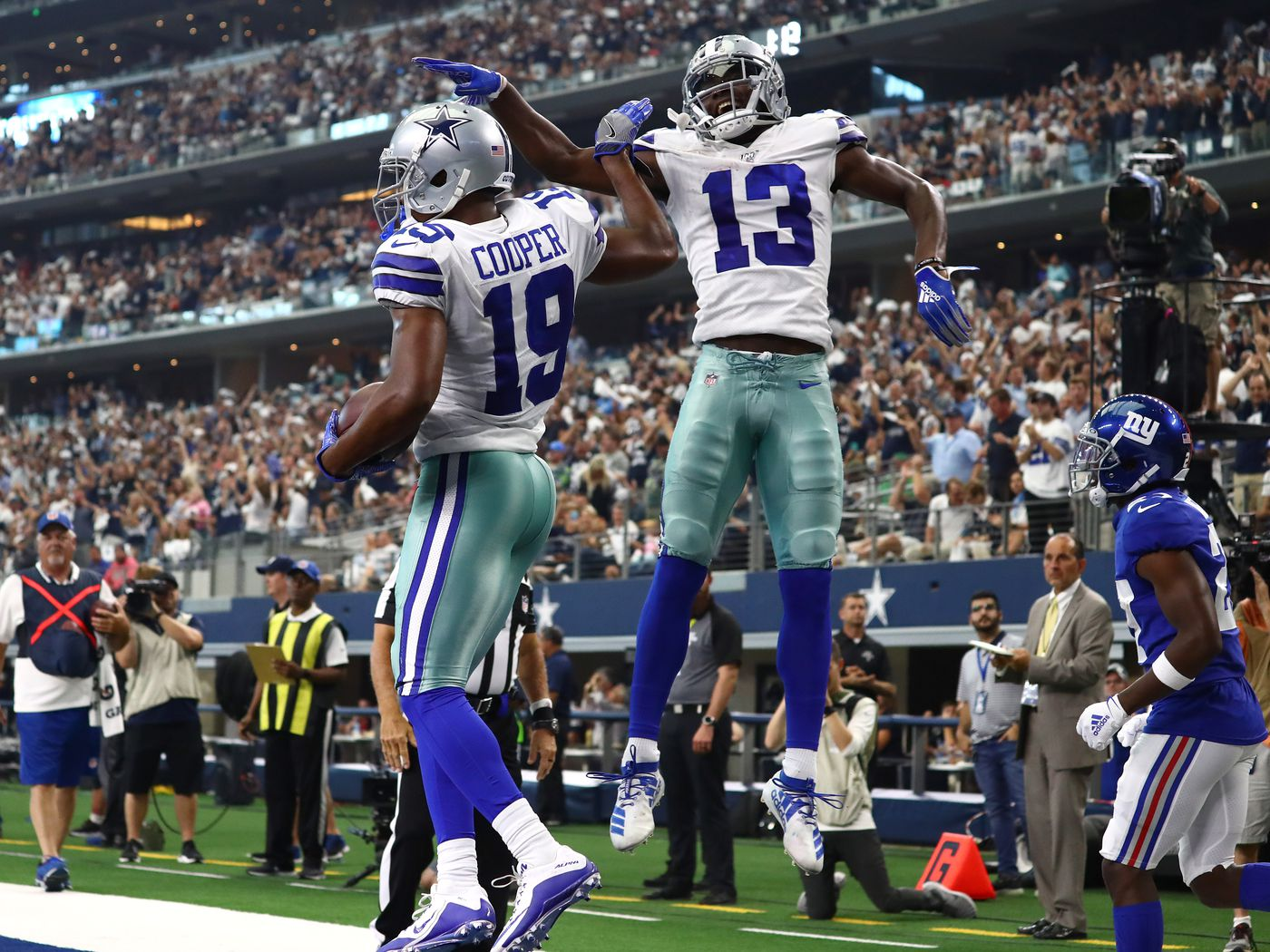 Cowboys added CeeDee Lamb to one of 2019's best wide receiver duos in Amari  Cooper and Michael Gallup - Blogging The Boys